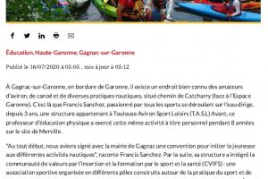 Canoe C'est Le Moment De Se Jeter à L'eau 01